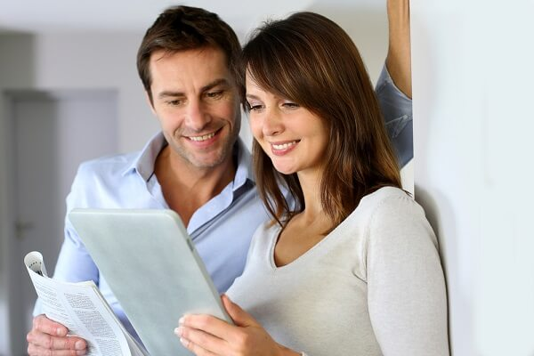 couples reading renovation policy