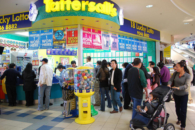australians-lining-up-at-newsagency-to-purchase-lottery-tickets