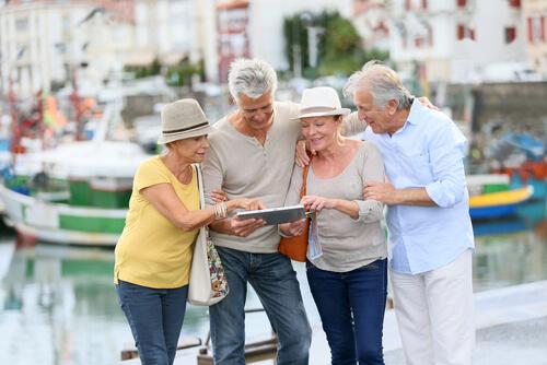 seniors retired travelling together