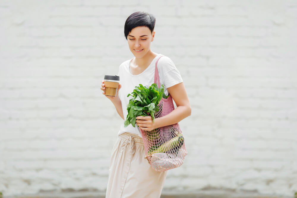 Women with groceries